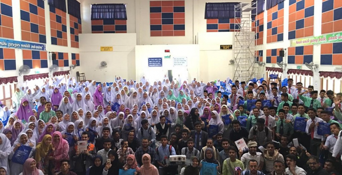 Malay language enhancement carnival benefitted UMP foreign students