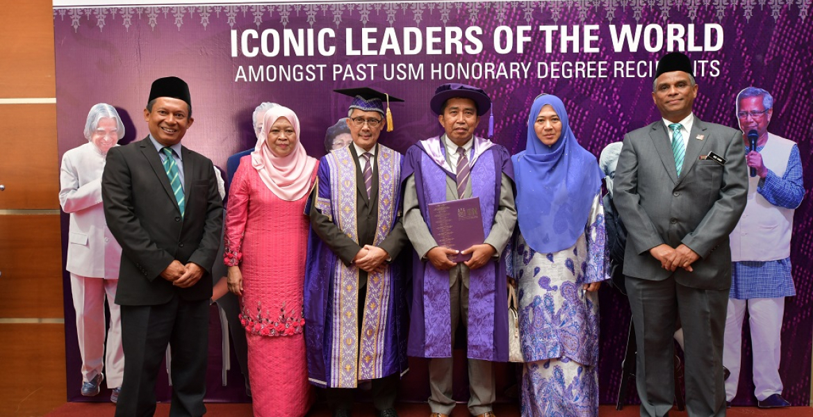 UMP Board of Director's Chairman presented with Honorary Degree in Education Management from USM