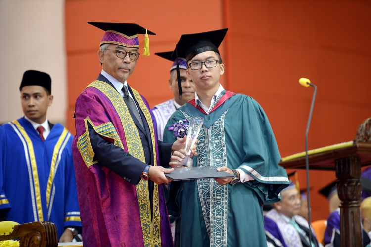 Hong Wai Siang – Recipient of Sapura Industrial Berhad Prize