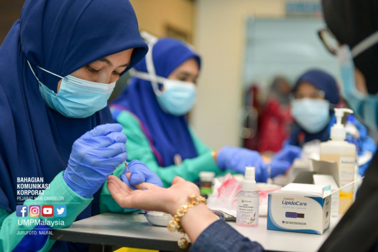 Mobile clinics help UMP staff keen on health