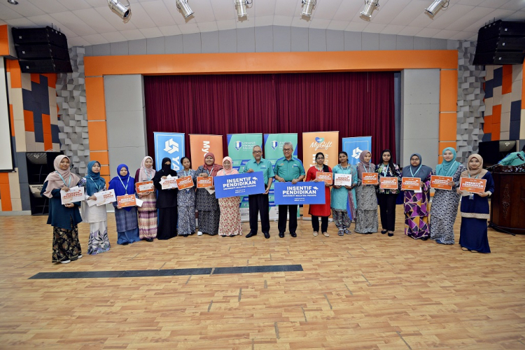 Blessing in disguise for Siti Hanisah, a recipient of UMP's MyGift programme