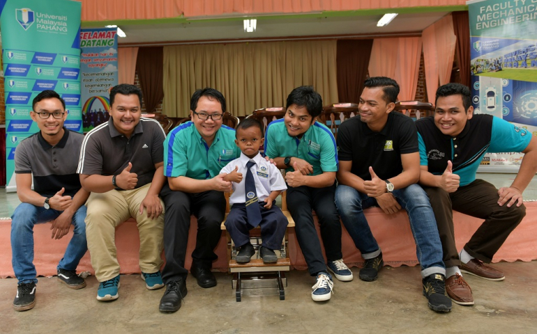 Special GRIT chair for Muhammad Amirul
