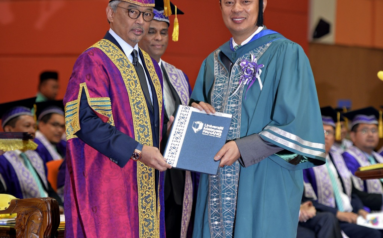Sultan Pahang's Brother conferred with UMP Lifelong Professional Learning Award